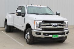 2019_Ford_Super Duty F-350 DRW_King Ranch_  TX