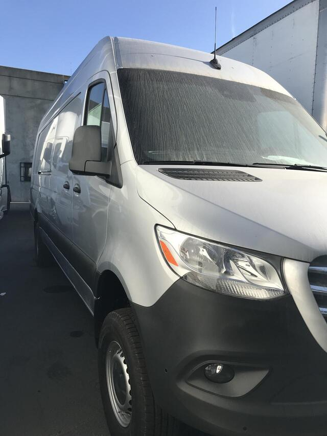 2019 Freightliner 2500 170 Ext. 4x4 High Roof Oakland CA