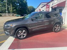 2019_Jeep_Cherokee_Limited_ Marshfield MA