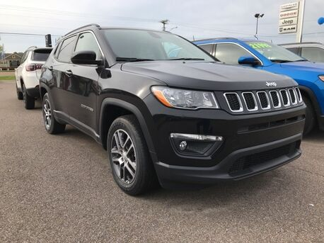 2019_Jeep_Compass_Latitude_ Paris TN