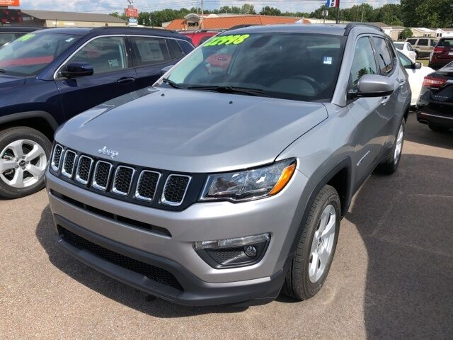 2019 Jeep Compass Latitude Paris TN