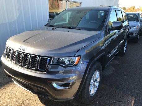 2019_Jeep_Grand Cherokee_Laredo_ Paris TN