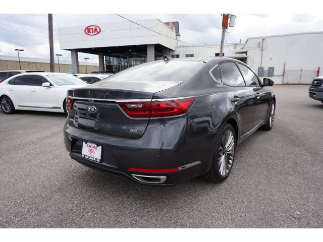 2019 Kia Cadenza Limited Houston TX