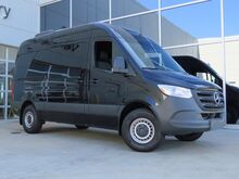 2019_Mercedes-Benz_Sprinter 2500 Passenger Van__ Kansas City KS