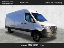 2019_Mercedes-Benz_Sprinter 3500 Cargo Van__ Kansas City KS