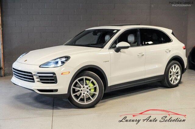 2019_Porsche_Cayenne E-Hybrid_4dr SUV_ Chicago IL
