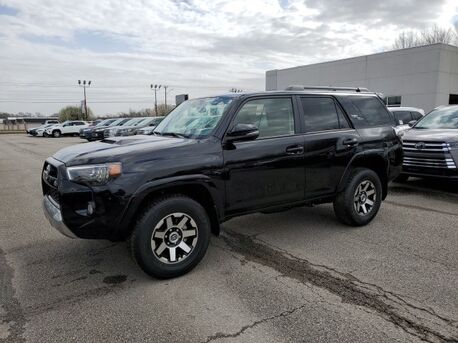 2019_Toyota_4Runner_TRD Off-Road Premium_ Paris TN