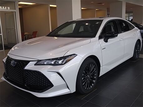 2019_Toyota_Avalon Hybrid_XSE_ Paris TN