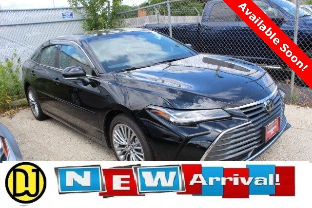Vehicle details - 2019 Toyota Avalon at Don Jacobs Toyota