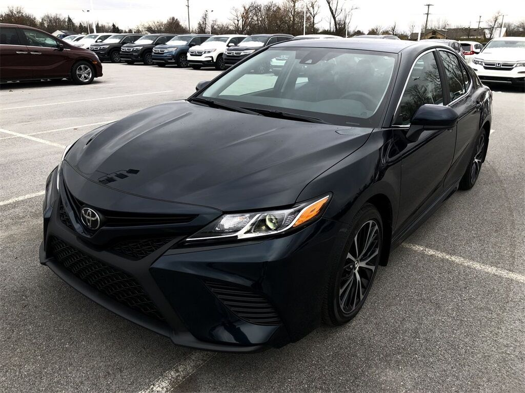 vehicle details 2019 toyota camry at allan nott honda lima allan nott. Black Bedroom Furniture Sets. Home Design Ideas