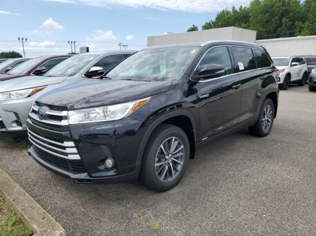 2019_Toyota_Highlander_Hybrid XLE_ Paris TN