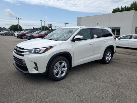 2019_Toyota_Highlander_Limited_ Paris TN