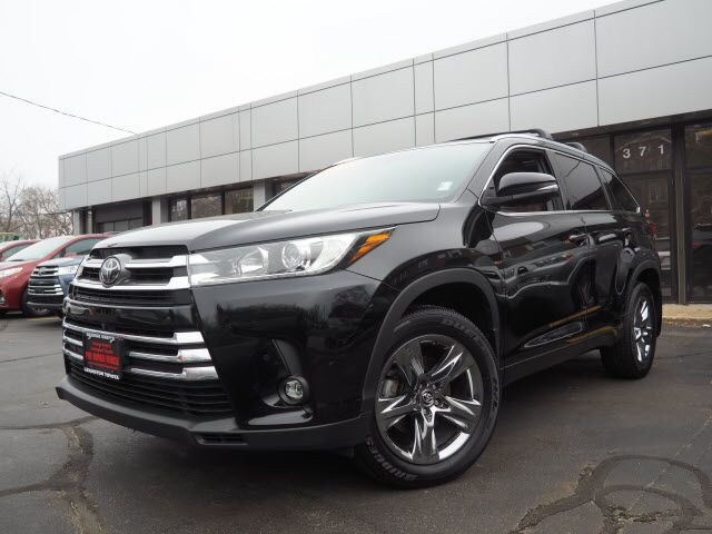 2019 Toyota Highlander Limited Platinum Lexington MA