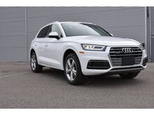 2020_Audi_Q5_Progressiv 45 TFSI quattro_ Windsor ON