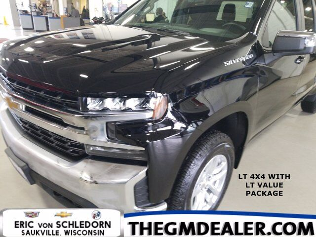 2020 Chevrolet Silverado 1500 LT Double Cab 4WD LT-Value LinerProtectionPkgs w/18s RearCamera Milwaukee WI