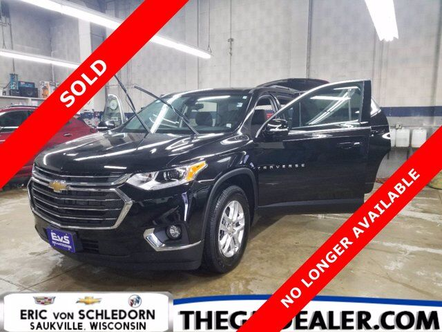 2020 Chevrolet Traverse 1LT AWD DriverConfidence2 TraileringPkgs w/HtdCloth PowerLiftgate HD-RearCamera Milwaukee WI