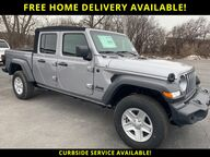 2020 Jeep Gladiator Sport Watertown NY
