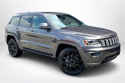 2020_Jeep_Grand Cherokee_Altitude_ Philadelphia PA
