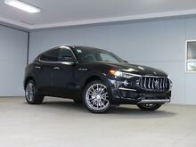 2020_Maserati_Levante_S_ Kansas City KS