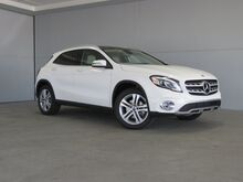 2020_Mercedes-Benz_GLA_GLA 250_ Kansas City KS