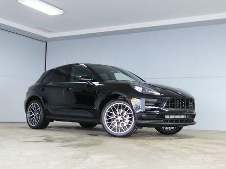2020 Porsche Macan (active service loaner) Kansas City KS