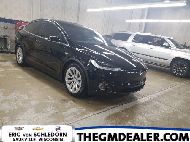 2020 Tesla Model X Long Range Plus AWD w/AdaptiveCruise Sunroof Nav RearCamera Milwaukee WI