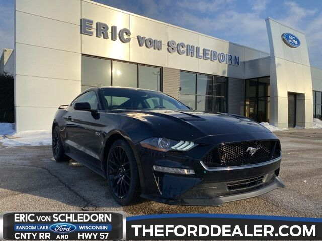 2021 Ford Mustang GT Premium Milwaukee WI