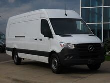 2021_Mercedes-Benz_Sprinter 2500_Cargo 170 WB Extended_ Kansas City KS