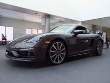 2021_Porsche_718 Cayman_S_ Kansas City KS
