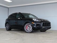 2021_Porsche_Cayenne_GTS_ Kansas City KS