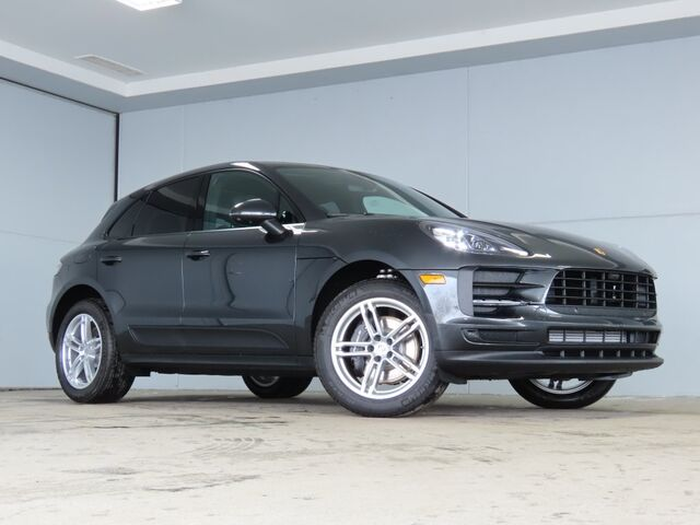 2021 Porsche Macan  Kansas City KS
