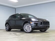 2021_Porsche_Macan_Turbo_ Kansas City KS