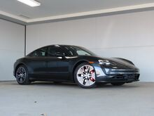 2021_Porsche_Taycan_4S_ Kansas City KS