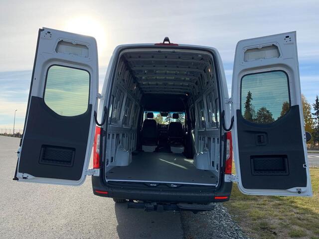 2021 Sprinter 2500 4X4 Cargo Van 170 Extended  Anchorage AK