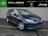Chrysler Pacifica LX 2017