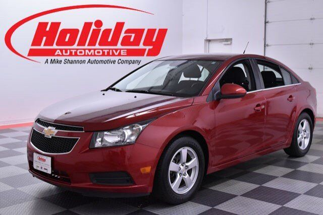 vehicle details 2014 chevrolet cruze at holiday automotive fond du lac holiday automotive. Black Bedroom Furniture Sets. Home Design Ideas
