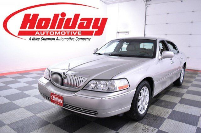 2007 Lincoln Town Car Signature Limited Fond du Lac WI