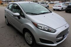 2014 Ford Fiesta S Green Bay WI