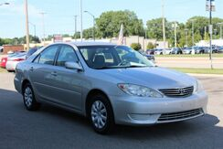 2005 Toyota Camry LE Green Bay WI