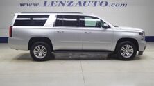 Chevrolet Suburban 4WD LT: BENCH-THIRD-REVERSE CAMERA-WIFI-LEATHER-CD PLAYER-4X4-1 OWNER 2016