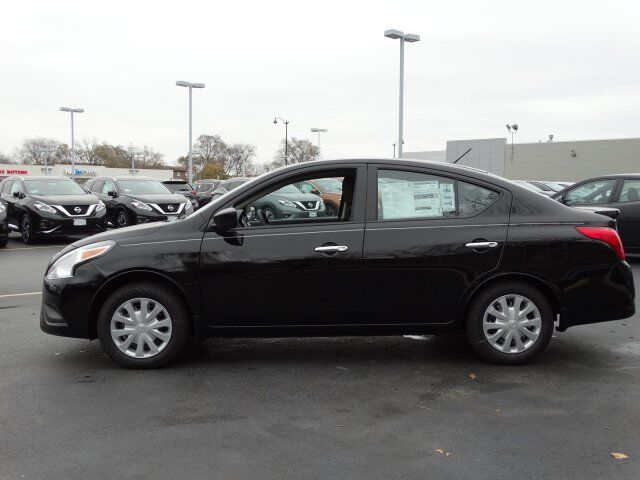 2017 Nissan Versa Sedan Sv Near Chicago Illinois 17235614