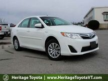 2014 Toyota Camry Hybrid LE South Burlington VT