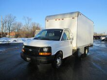 2004 Chevrolet Express Commercial Cutaway C7L Waupun WI