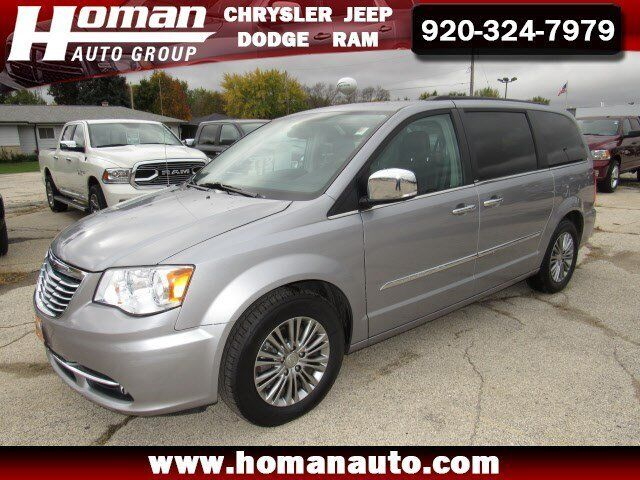 2014 chrysler town country touring l waupun wi 5757472. Black Bedroom Furniture Sets. Home Design Ideas