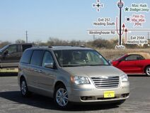 2008 Chrysler Town & Country Limited Austin TX