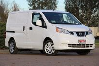 Nissan NV200 Compact Cargo SV 2.0 L 2017