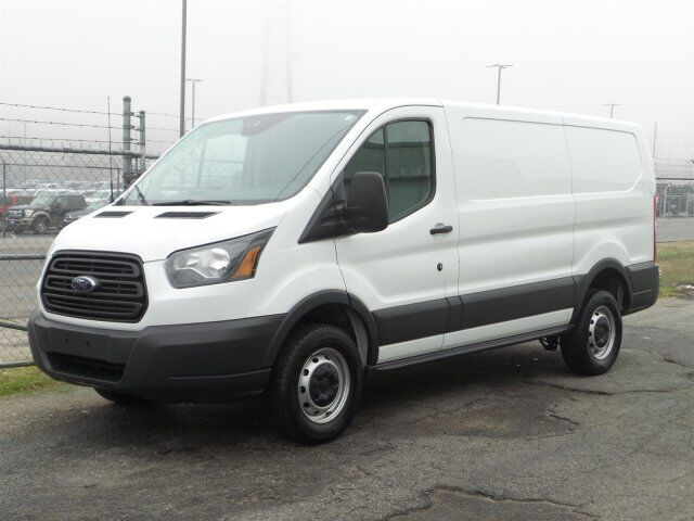 2016 ford transit cargo van winder ga 17204306. Black Bedroom Furniture Sets. Home Design Ideas