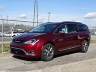 2017 Chrysler Pacifica Limited Winder GA