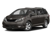 2017 Toyota Sienna LE Brewer ME