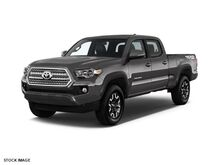 2017 Toyota Tacoma TRD Off Road Double Cab 6' Bed V6 4x4 AT Burnsville MN